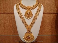 Latest Indian Bridal Necklace Sets, Indian Bridal Necklace Designs, Gold Bridal… subbarayudu and Indian Wedding Jewelry, Bridal Jewelry, Indian Bridal, Indian Jewelry Sets, Mexican Jewelry, Western Jewelry, Pakistani Bridal, Wedding Necklace Set, Gold Jewellery Design
