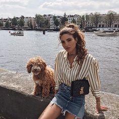 Conheça o estilo da Negin Mirsalehi e se inspire! Look: camisa listrada e saia jeans. Fashion Mode, Paris Fashion, Fashion Outfits, Womens Fashion, Fashion Tips, Amsterdam Fashion Summer, 90s Fashion, Amsterdam Outfit, Fashion 2018 Trends
