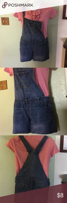 """Denim overall shorts Super cute. Need some love. Waist is 20""""  inseam 5"""". 4th photo, there's a hole at the waist band missing strap hardware. Top sold separate. mossimo denim Jeans Overalls"""