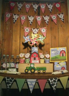 Image of Barnyard farm animals birthday party - printable diy barnyard farm birthday party decorations. Noah & Easton next year? Party Animals, Farm Animal Party, Farm Animal Birthday, Tractor Birthday, Barnyard Party, Cowboy Birthday, Farm Birthday, 3rd Birthday Parties, Birthday Party Decorations