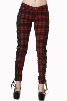 Skinny jeans give the perfect fit when they have Spandex in the material. The Corset Style Black Skinny Jeans also feature a high waist and a fabulous corset fastening at the side. The front has butto