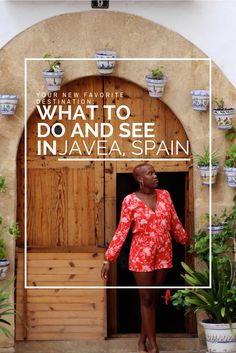 Filled with culture, gastronomy and beautiful beaches one week will not be enough in this dreamy town in Costa Blanca! Explore, relax and discover the cute small town of Javea, Spain. Read on to see what to do and where to stay!