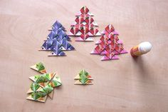 Origami, Triangle, Mandala, Projects To Try, Christmas Tree, Tea, Decor, Teal Christmas Tree, Decoration