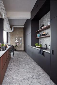 Modern Kitchen Design, Interior Design Kitchen, Terrazo Flooring, Wooden Kitchen, Cuisines Design, Küchen Design, Kitchen Flooring, Home Kitchens, Kitchen Remodel