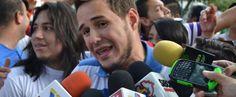"""El moderador de """"Zurda Konducta"""", Ricardo González, fue retenido sin explicación alguna por la seguridad del Aeropuerto Internacional de Tocumen, Pana..."""