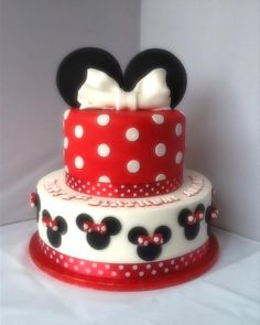 Minnie Mouse Cake ~ Cakes By Tina.