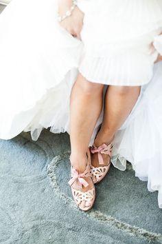 Bridal Shoes || PHOTO SOURCE • JULIE LIM PHOTOGRAPHER