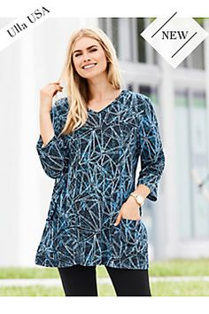 Graphic Line Knit Pocket Tunic