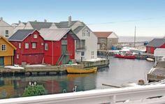 Lindesnes  Typisch Zuidnoorweegs vakantiehuis in Lillehavn. Groot terras met zicht op zee. Lindesnes vuurtorenFyr op 5 km. Beschermde haven met fileerplekken. Ruimte voor visapparatuur. Buren op 10 meter.  EUR 590.00  Meer informatie  #vakantie http://vakantienaar.eu - http://facebook.com/vakantienaar.eu - https://start.me/p/VRobeo/vakantie-pagina