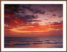 https://www.art.com/products/p15062554-sa-i2745441/adam-jones-sunrise-over-the-atlantic-ocean-west-palm-beach-florida.htm?upi=P39WDY0&PODConfigID=4990971