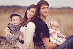 Chic Critique Forum   27 Ideas for Family Photos   Posh Poses