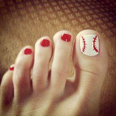 Baseball nail art! Pedicure Designs, Pedicure Nail Art, Toe Nail Designs, Toe Nail Art, Toe Nails, Pedicure Ideas, Nails Design, Baseball Nail Designs, Baseball Nail Art
