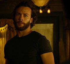 Kyle Schmid as Rainer in Lost Girl Season 4 episode 9