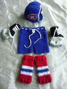 Montreal CanadiensNHL Canadiens Hockey Baby newborn by lilianda Montreal Canadiens, Love Crochet, Knit Crochet, Crochet Ideas, Hockey Helmet, Baby Bumper, Hockey World, Hockey Baby, Newborn Photography Props