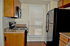 Check out our updated units with black appliances. #SanAntonioApartments #FifthAvenueApts