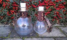 fiole potion de mana avec passant de ceinture / LARP potion Larp, Bottle, Etsy, Belt, Handmade Gifts, Flask, Jars