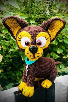 Бесплатная схема вязания собачки амигуруми #вязанаяигрушка #игрушкикрючком #вязанаясобака #amigurumipattern #crochetpattern #amigurumidog #crochetdog Amigurumi Toys, Crochet Patterns, Plush, Crochet Hats, Miniatures, Dolls, Knitting, Accessories, Beautiful Crochet