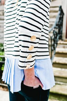 Pleated top in stock by kelly in the city preppy wardrobe, classic wardrobe, classic Casual Work Outfits, Professional Outfits, Preppy Outfits, Preppy Style, Preppy Dresses, Nautical Outfits, Nautical Fashion, Preppy Fashion, Preppy Wardrobe