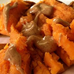 Sweet potato, cinnamon and almond butter. For more healthy recipes go to www.myhealthydish.com Photo by myhealthydish_ • Instagram