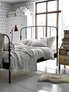 Living Large- Lillesand Wrought Iron Bed From Ikea Cama Industrial, Industrial Bedroom Design, Industrial Style, Industrial Vintage, Home Bedroom, Bedroom Decor, Bedroom Ideas, Bedroom Inspiration, Ikea Bedroom