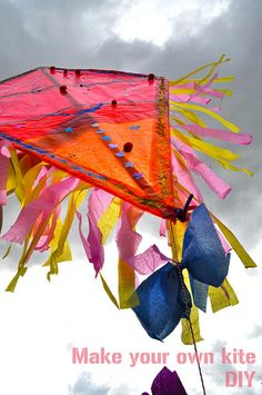 DIY Kite, wouldn't this be a lovely yearly family tradition?