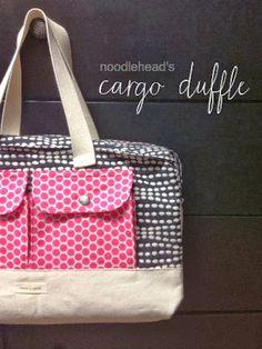 Steph Zerbe Design: Sew Saturday: cargo duffle bag. tutorial by Noodlehead for Robert Kaufman.