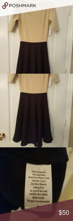 ***FLASH SALE***LuLaRoe S Nicole NWT GORGEOUS Beautiful tan and Black Nicole HTF 2 tone LuLaRoe Dresses Midi