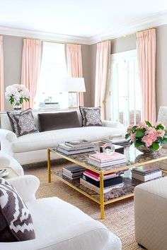 Coffee Table | Feminine Style | Fresh Flowers | Pink Gold | Color Palette | Room Ideas | Glam Interiors | Home Decor