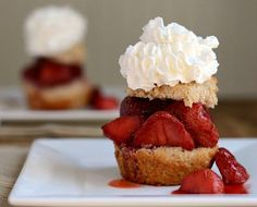 Guilt Free Roasted Strawberry Shortcake by honestcooking #Strawberry_Shortcake #honestcooking