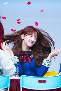 #eunseo Yuehua Entertainment, Starship Entertainment, South Korean Girls, Korean Girl Groups, Bubblegum Pop, Air Force Blue, Cheng Xiao, Cosmic Girls, Korean Actresses