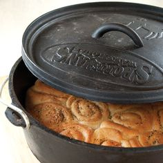 Italian Garlic Rolls Recipe - from Dutch Oven & Cast Iron cooking.  Posted By GRIT