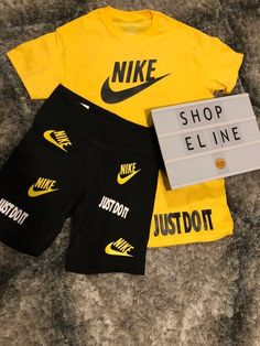 Yellow T-Shirt w/ Black Biker Shorts My new wave Nike Shorts Outfit, Summer Shorts Outfits, Dope Outfits, Swag Outfits, Short Outfits, Fashion Outfits, Black Men Summer Outfits, Men Shorts, Fleece Shorts