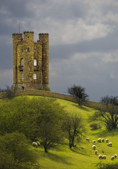 Broadway Tower, Worcestershire, #England - Explore the World with Travel Nerd Nici, one Country at a Time. http://TravelNerdNici.com