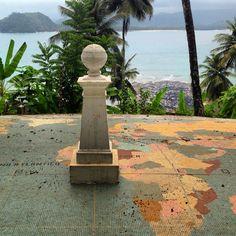 No Equador (ilhéu das Rolas) São Tomé
