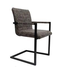 Stoel Puma - Taupe is een industrieel ogende stoel. Door het zwart gelakte frame krijgt dit model een stoer uiterlijk. Snelle levering, mooie kwaliteit! Outdoor Chairs, Outdoor Furniture, Outdoor Decor, Comfortable Dining Chairs, My Dream Home, Vintage Designs, New Homes, House, Home Decor