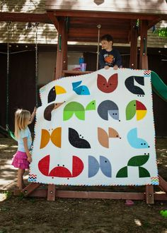 Live a Colorful Life: Animal Planet: the quilt (and LOTS of pictures)