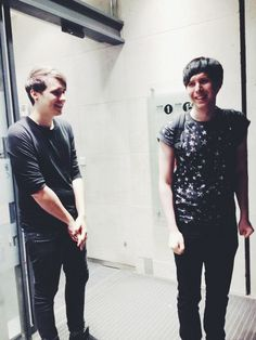 Dan looks like some Tsundere who is trying not to act interested in Phil, but it's clear he's in love with him. BAKA!