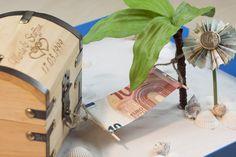 Originelles DIY, wenn man Geld für die Flitterwochen verschenken möchte.