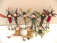 polymer clay pose-able fairies, pixies, elves, and gnomes . by DinkyDarlings (Best Blush Elves) Kobold, Fairy Crafts, Elves And Fairies, Clothespin Dolls, Art Sculpture, Fairy Doors, Flower Fairies, Little Doll, Fairy Art