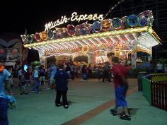 Musik Express at at Miracle Strip Amusment Park, Panama City Beach Florida by stevesobczuk, via Flickr