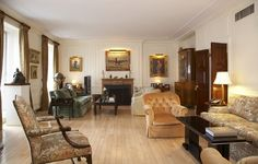 Living room in NYC co-op at 4 East 72nd Street