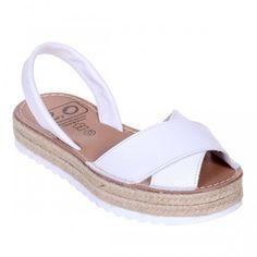 Sandale AVARCA din Piele Naturala Alba cu talpa dubla Espadrilles, Shoes, Fashion, Sandals, Espadrilles Outfit, Moda, Zapatos, Shoes Outlet, Fasion