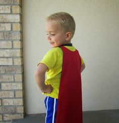 Superhero Cape pattern and tutorial Sewing Patterns For Kids, Sewing For Kids, Baby Sewing, Free Sewing, Sewing Tutorials, Sewing Crafts, Sewing Projects, Superhero Cape Pattern, Superhero Theme Party