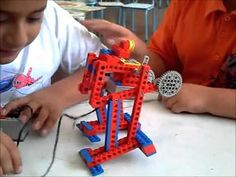 Aula Innovación AIP-CRT: Robótica WEDO LEGO - Ranita - YouTube Lego Wedo, Lego Engineering, Robot Arm, Simple Machines, Lego Technic, Legos, Upcycle, Projects To Try, Upcycling Projects