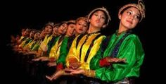 Saman aceh folk dance, a worldwide