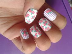 Flowers fake nails  :D