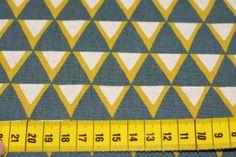 Stoff grafische Muster - Kokka Dreiecke, Wimpel - ein Designerstück von Unikat-Bonn bei DaWanda