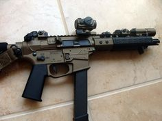 #VLTOR upper with Double Diamond 9mm lower receiver… Very unique #SBR build.