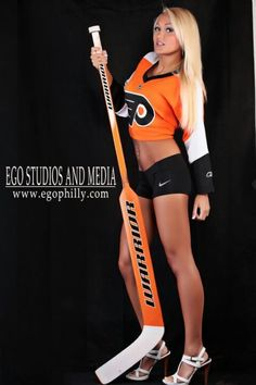 Flyers Ice Girls