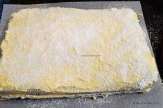 Prăjitură de casă cu mac și cremă de vanilie - rețeta cu blaturi din albușuri   Savori Urbane Sweet Desserts, Cheesecake, Mac, Recipes, Food, Salads, Cheesecakes, Essen, Eten